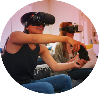 Graphic with people using Virtual Reality